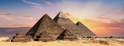 Historic Site, Pyramid, Sky, Landmark