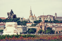 Historic statue, Matthias church, Fishermans bastion and Calvini Stock Photography