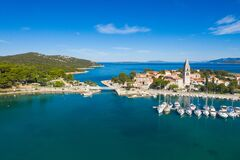 Free Historic Town Of Osor With Bridge Connecting Islands Cres And Losinj, Croatia Stock Image - 195865711