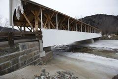 Historic white covered bridge, Ammonoosuc River, Stark, New Hamp Royalty Free Stock Photos