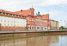 Historical buildings on the waterfront of Oder river Royalty Free Stock Photos