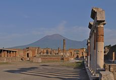 Ruined building with the Vesuvius mount, Pompeii royalty free stock images