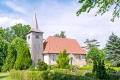 Historical Schifferkirche to Arnis in summer in sunshine royalty free stock photos