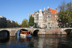 Historical tour boat in Amsterdam Royalty Free Stock Photography
