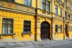 Historiebyggnad i Banska Stiavnica, Slovakien arkivbild