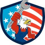 Historieta calva del escudo de la bandera de Eagle Mechanic Spanner los E.E.U.U. del americano Imagen de archivo libre de regalías
