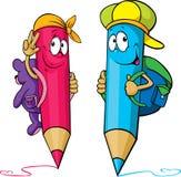 Historieta coloreada de los lápices con los bolsos de escuela en su  Foto de archivo libre de regalías