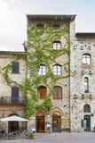 Historiical大厦在圣吉米尼亚诺,托斯卡纳,意大利,欧洲 免版税库存图片