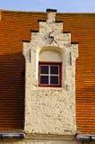Historisch huisvenster IR België Brugge stock foto