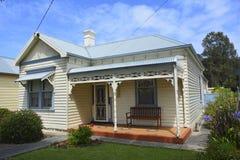 Historisch plattelandshuisje in Port Fairy stock foto's