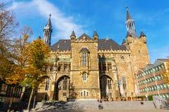 Historisch stadhuis van Aken in Aken, Duitsland stock foto's