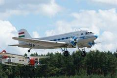Historisch vliegtuig Lisunov Li-2 en Antonov an2 Stock Afbeeldingen