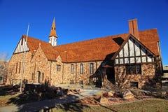 Historische alte Felsen-Kirche lizenzfreie stockbilder
