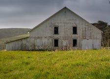 Historische alte Scheune Pierce Point Ranchs lizenzfreie stockbilder