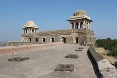 Historische architectuur, het paviljoen van ranienroopmati Stock Afbeelding