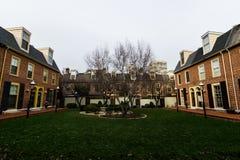 Historische Baksteengebouwen in de Maatschappijheuvel in Philadelphia, Pennsy Royalty-vrije Stock Afbeelding
