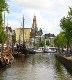 Historische boten in Groningen En gemaakt tot deze kleine stad voel grote groter Royalty-vrije Stock Foto's