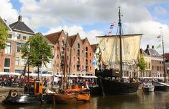 Historische boten in Groningen En gemaakt tot deze kleine stad voel grote groter Royalty-vrije Stock Fotografie