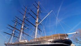 Historische Briten versenden geparkt im Dock in London Europa Großbritannien lizenzfreie stockfotografie