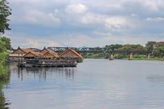 Historische brug over de rivier Kwai, de doodsspoorweg Royalty-vrije Stock Afbeeldingen
