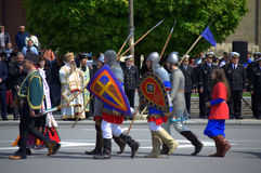 Historische Bulgaarse Legerkostuums royalty-vrije stock fotografie