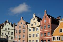 Historische Duitse rijtjeshuizen Stock Afbeeldingen