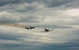 Historische Flugzeuge im mitten in der Luft Lizenzfreies Stockbild