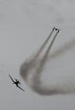 Historische Flugzeuge im mitten in der Luft Lizenzfreie Stockbilder