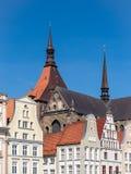 Historische Gebäude in Rostock Stockbilder