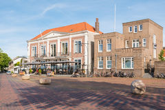 Historische gebouwen op Waalkade in oude Onder- stad van Zaltbommel, Royalty-vrije Stock Foto's