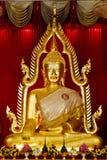 historische goldene Buddha-Statue stockbild
