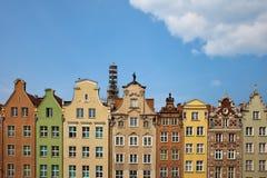 Historische Häuser mit Giebeln in Gdansk stockfoto
