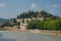 Historische het centrumcityscape van Verona Stock Afbeeldingen