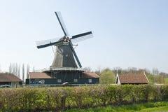 Historische houten zaagmolen in platteland royalty-vrije stock foto