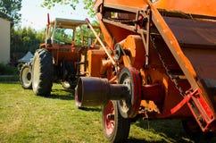 Historische landwirtschaftliche Maschinen lizenzfreies stockbild