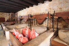 Historische Mühlen auf dem Fluss Krka Stockbild