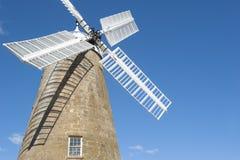 Historische Mehlwindmühle und -museum bei Oatlands, Tasmanien Stockbild