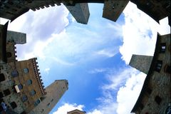 Historische Mitte von San Giminiano, Toskana Italien Vertikale Ansicht stockfotografie