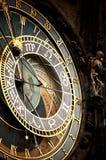 Historische mittelalterliche astronomische Uhr stockbilder