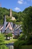 Historische Monreal met zijn kasteel Stock Afbeeldingen
