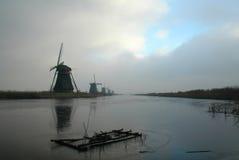 Historische Nederlandse windmolens Stock Foto