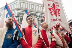Historische Parade in Florenz, mit Extrakosten in den fleischigen Kostümen Lizenzfreie Stockbilder