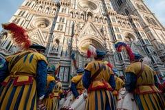 Historische Parade in Florenz, mit Extrakosten in den fleischigen Kostümen Stockfotografie