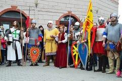 Historische Rekonstruktion von mittelalterlichen bulgarischen Kostümen Lizenzfreie Stockfotos