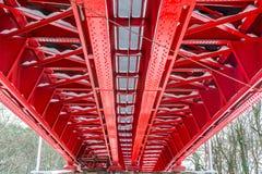 Historische rote Eisenbahnbrücke stockbilder