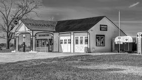 Historische Route 66 -Standardöl-Tankstelle Lizenzfreie Stockfotografie