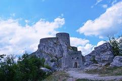 Historische ruinierte Festung in Bosnien und Herzegowina Stockbilder