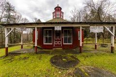 Historische Schule, Gemischtwarenladen u. Post - Fredericktown, Ohio Stockfotografie