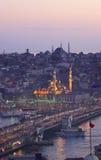 Historische Stadt von Istanbul und von goldener Hupe Lizenzfreie Stockbilder