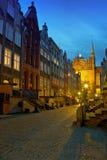 Historische straat in Gdansk bij nacht Stock Fotografie
